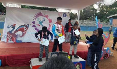 SD Prestasi Global Juara Lomba Panahan IPB Archery Open