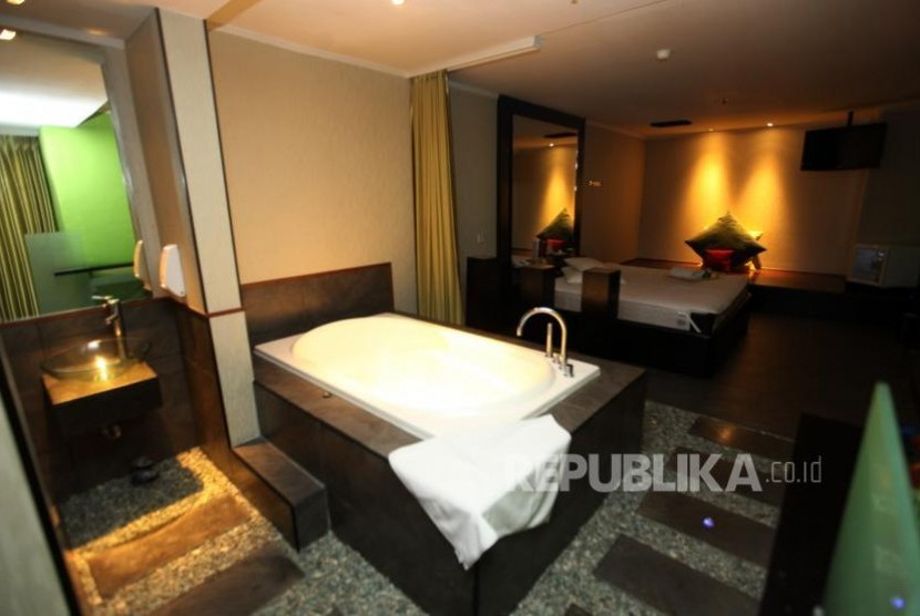 One of the rooms offered by Alexis hotel, North Jakarta.