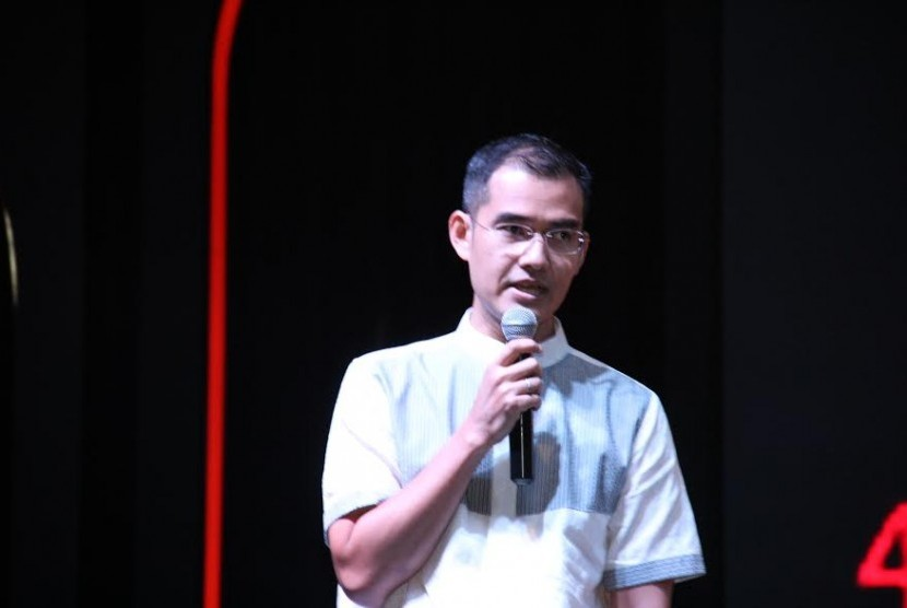 Adrie R. Suhadi, Country Lead, Mobile Business Group, Lenovo Indonesia.