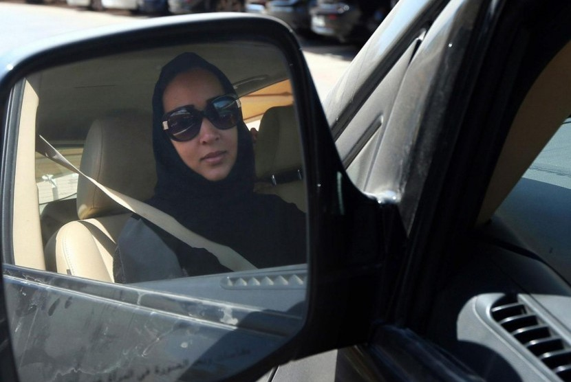 King Salman bin Abdulaziz Al Saud on Tuesday lifted a decades-old ban on Saudi women from driving.