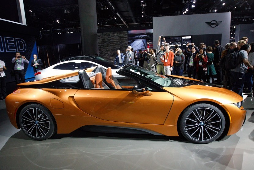 BMW i8 plug-in hybrid roadster.