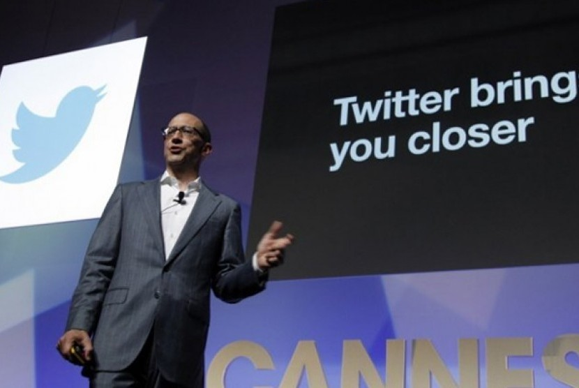 CEO Twitter Dick Costolo.