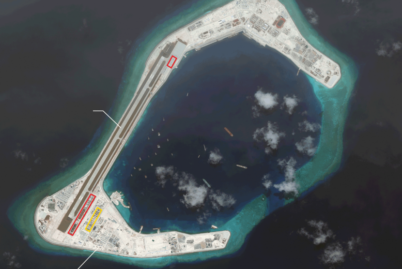 Satellite imaging shows Chinese military facility build at Subi Reef, South China Sea.