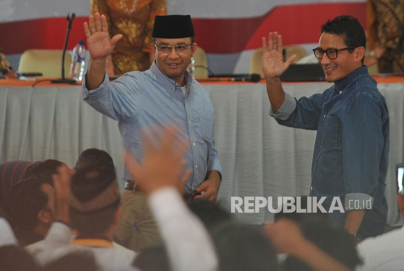 The General Election Commission (KPU) of Jakarta has officially announced the name of Anies Baswedan as the Jakarta Governor-elect and Sandiaga Uno as Deputy Governor-elect for the 2017-2022 period.