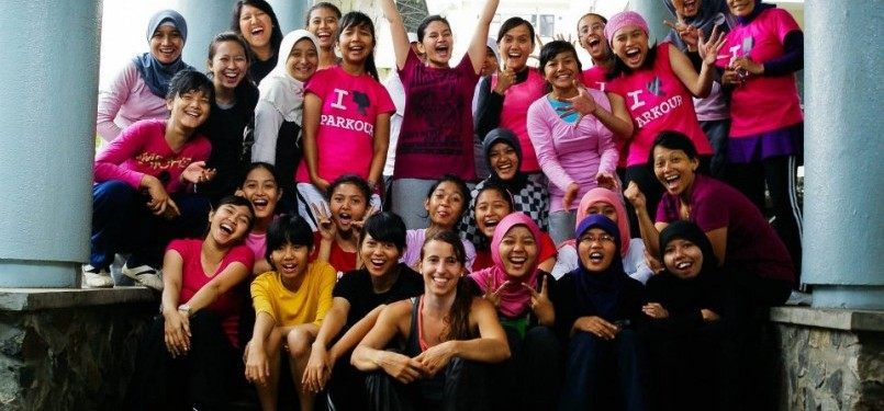 Para peserta Girls Day Out Parkour Indonesia
