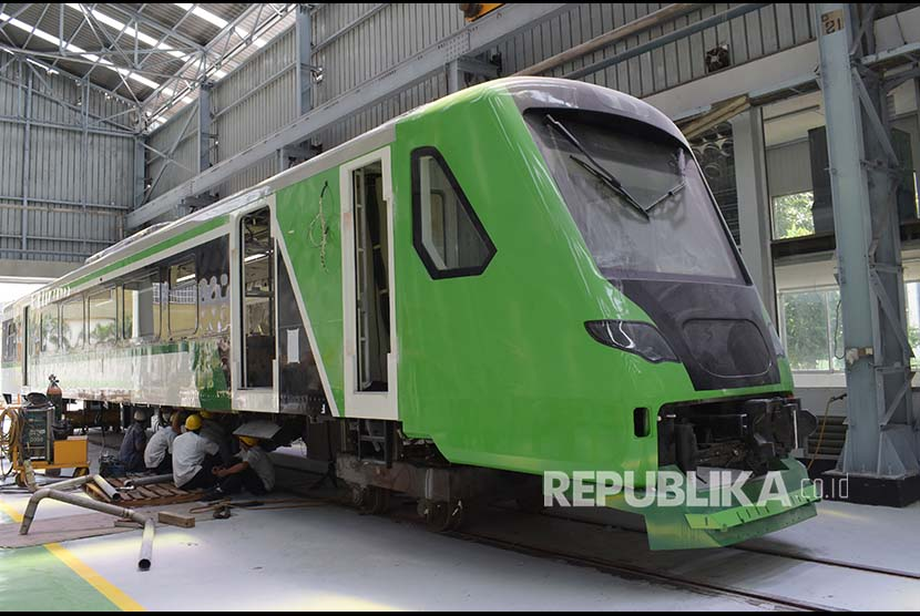 Electric Diesel Rail Trains to be operated at Minangkabau International Airport, West Sumatra in 2018.