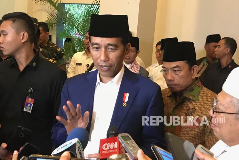 President Joko Widodo holds a press conference on MD3 Laws after attending National Meeting of Hubbul Wathon, on Wednesday (Feb 21).
