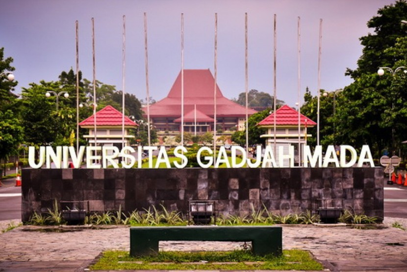 Universitas Gadjah Mada.