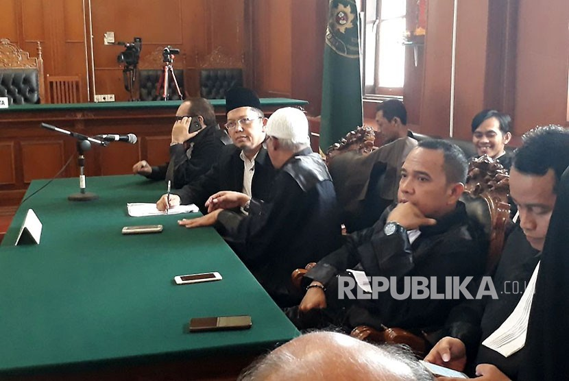 Ustaz Alfian Tanjung gets two years of imprisonment for hate speech by panel of the judges of Surabaya Court, on Wednesday (December 13).